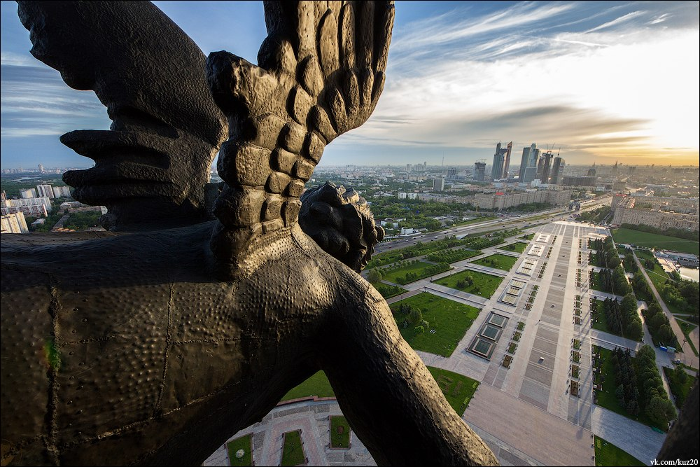 Extreme height: Crazy cityscapes by a thrill-seeker Ivan Kuznetsov - 36