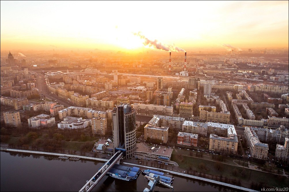Extreme height: Crazy cityscapes by a thrill-seeker Ivan Kuznetsov - 05