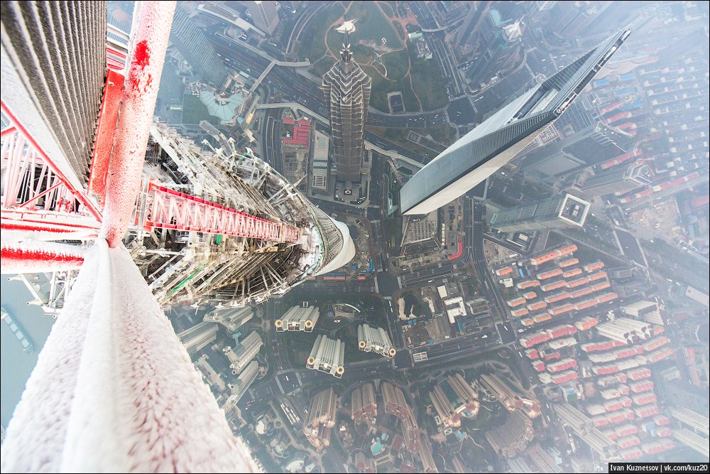 Extreme height: Crazy cityscapes by a thrill-seeker Ivan Kuznetsov - 62