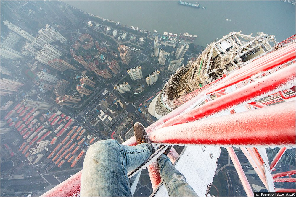 Extreme height: Crazy cityscapes by a thrill-seeker Ivan Kuznetsov - 63