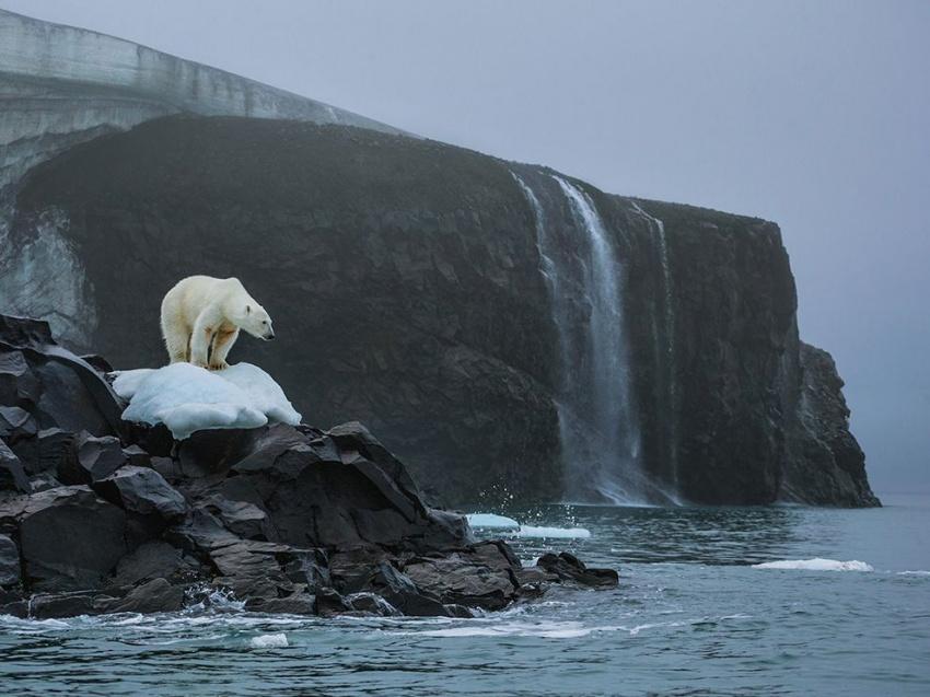 Glacial melting on Franz Josef Land, Russia