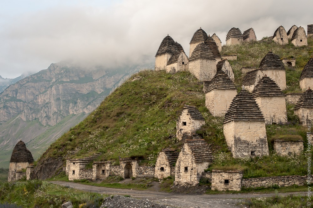 Necropolis Dargavs: The city of 10 000 dead in North Ossetia - 01