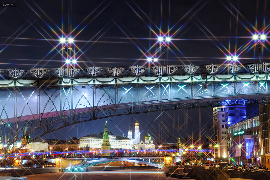 Night Moscow: Brilliant lights of the winter capital city of Russia - 01