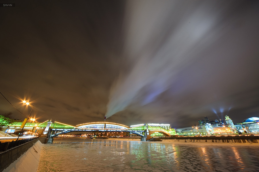 Night Moscow: Brilliant lights of the winter capital city of Russia - 25