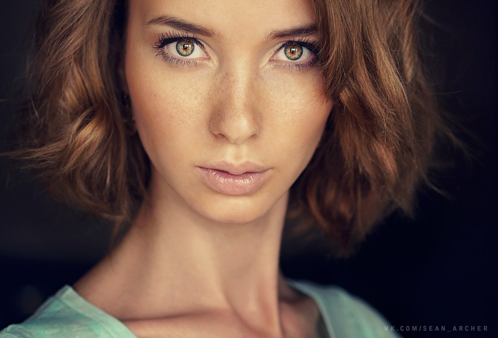 Catchy gaze: Expressive portraits of girls by Stanislav Puchkovsky - 15
