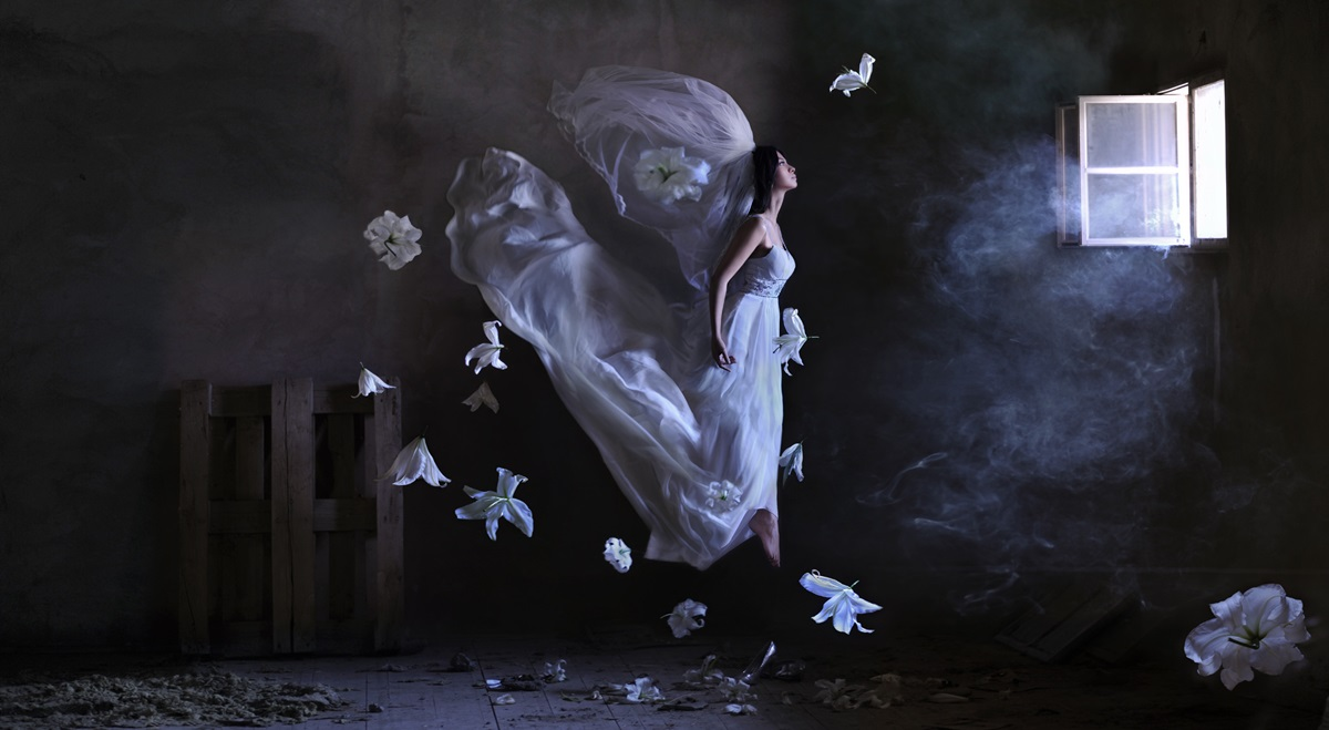 Flight of fantasy: Incredible art photography by Ravshaniya Azulye - 11