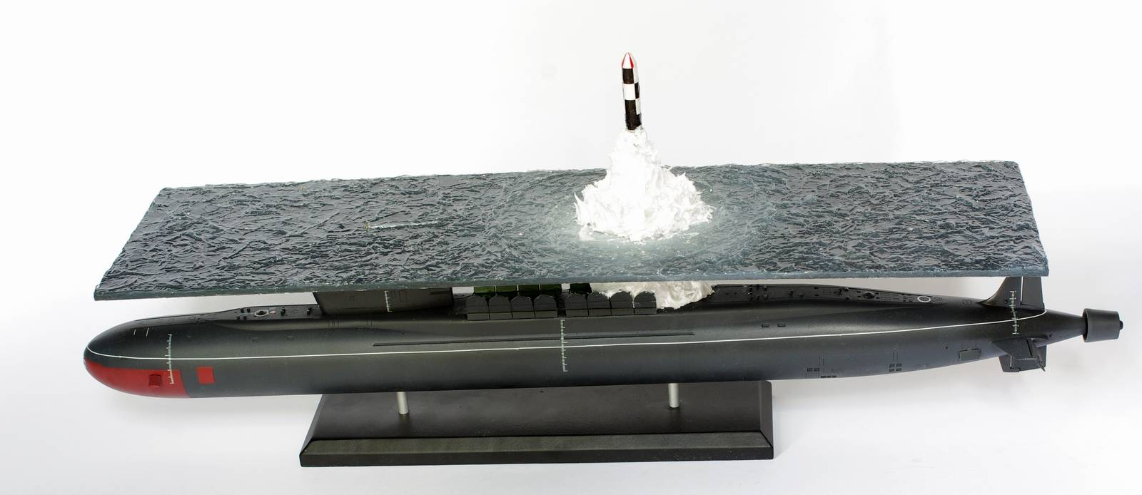 Great scale model of Russian submarine Yury Dolgorukiy (K-535) - 15