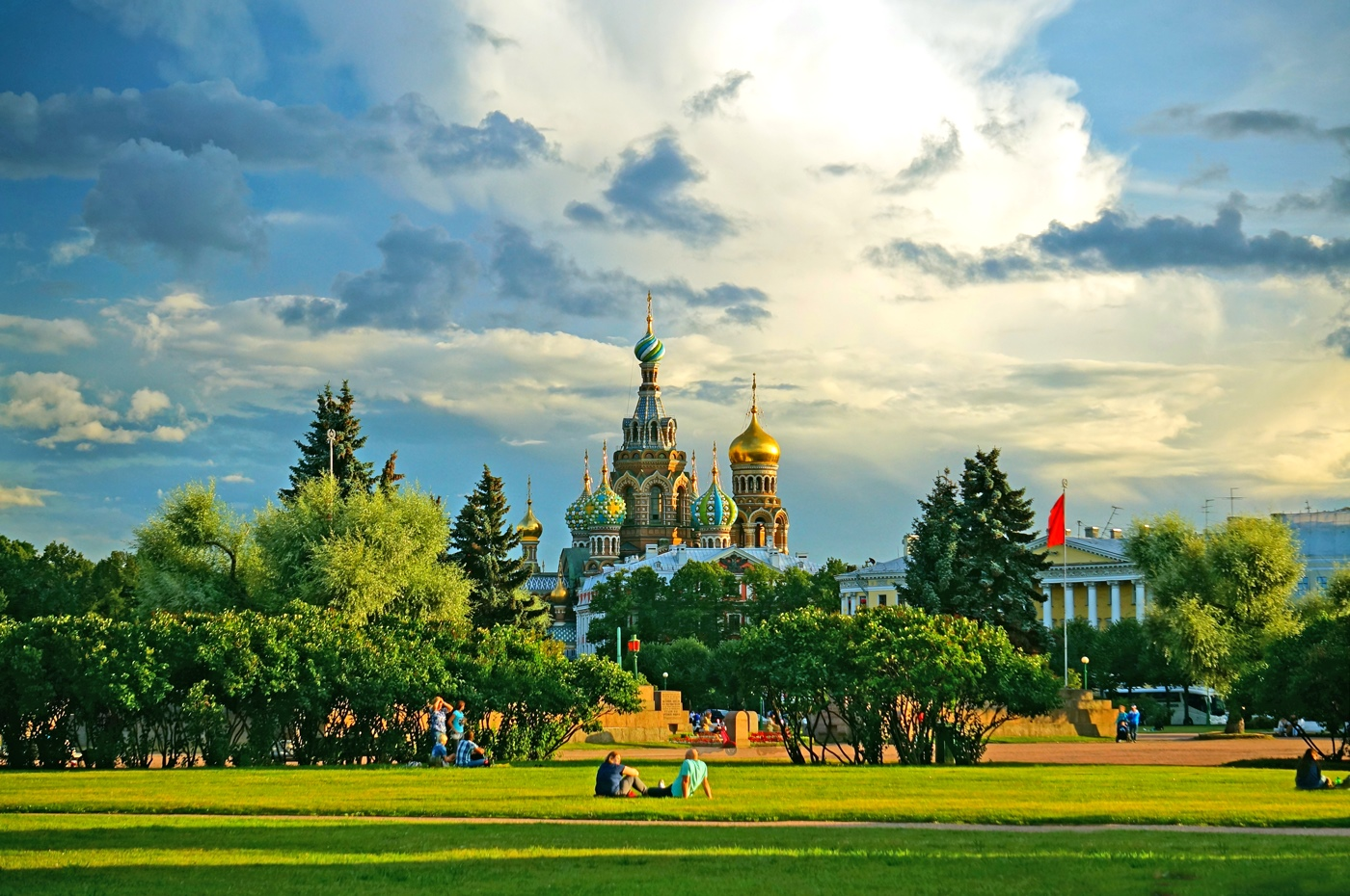 What a nice weather. Saint-Petersburg