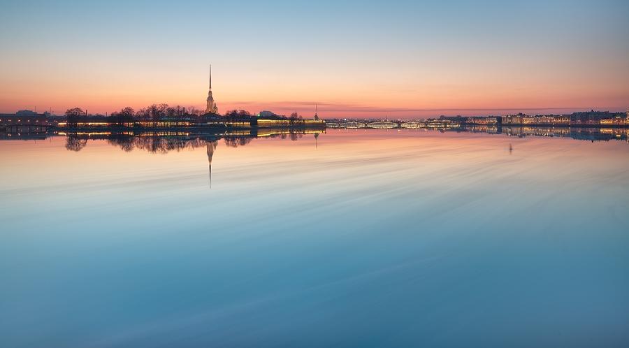 Night Saint Petersburg: Amazing photos of the city by Sergey Louks - 10