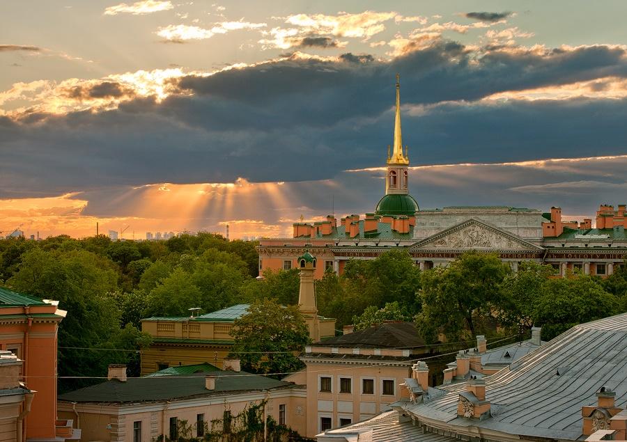 Night Saint Petersburg: Amazing photos of the city by Sergey Louks - 11