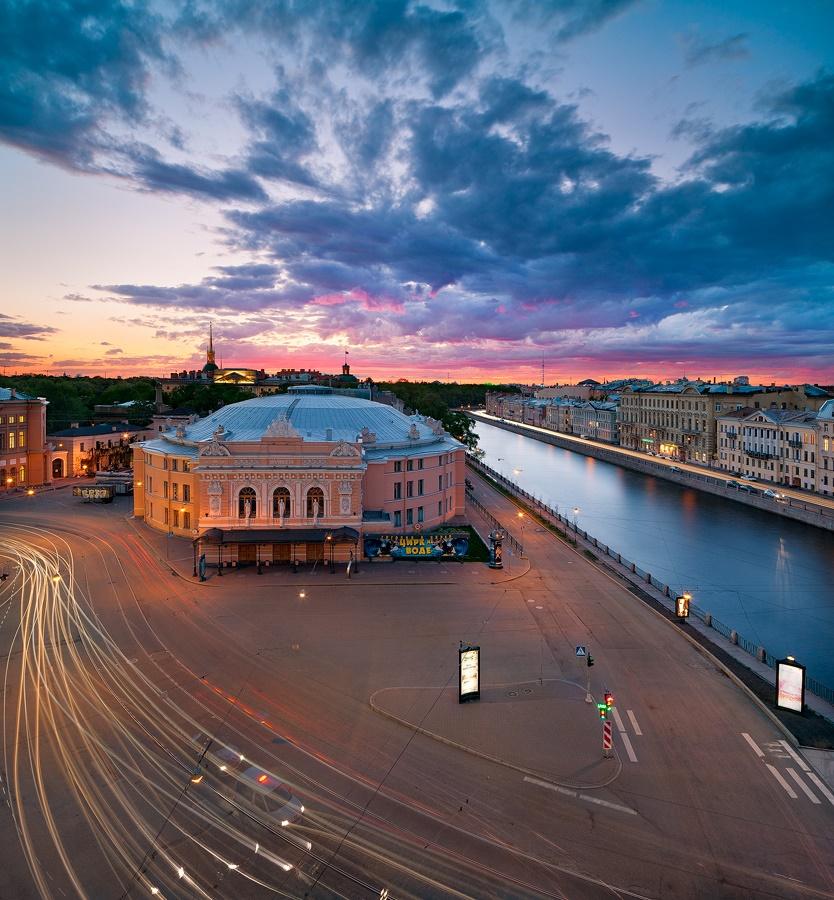 Night Saint Petersburg: Amazing photos of the city by Sergey Louks - 12