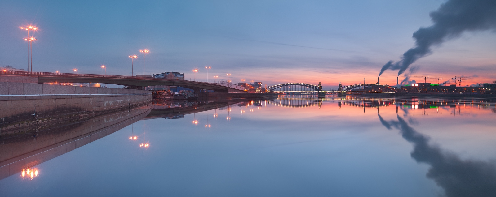 Night Saint Petersburg: Amazing photos of the city by Sergey Louks - 17