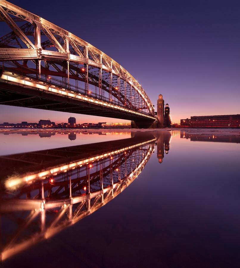 Night Saint Petersburg: Amazing photos of the city by Sergey Louks - 19