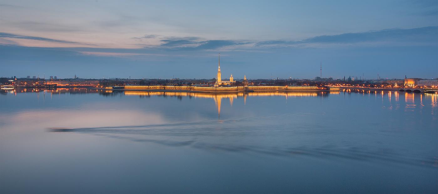 Night Saint Petersburg: Amazing photos of the city by Sergey Louks - 21