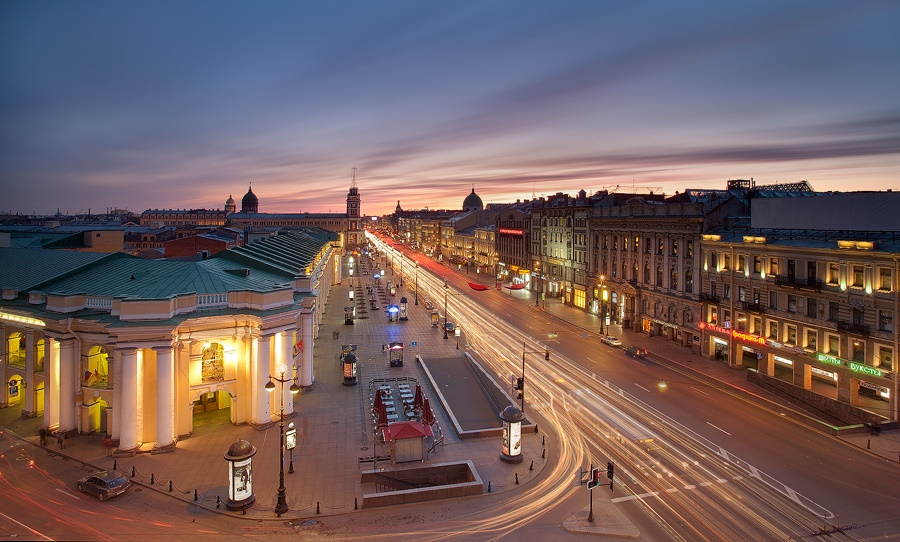 Night Saint Petersburg: Amazing photos of the city by Sergey Louks - 03
