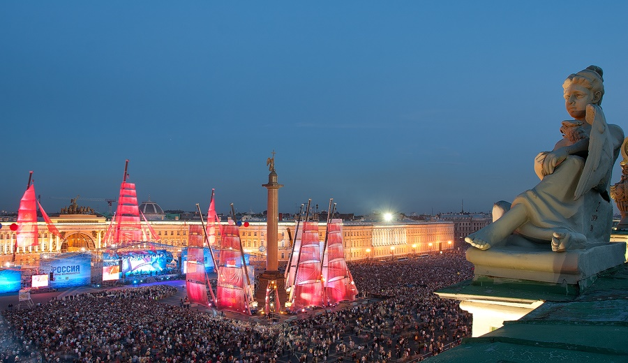 Night Saint Petersburg: Amazing photos of the city by Sergey Louks - 04