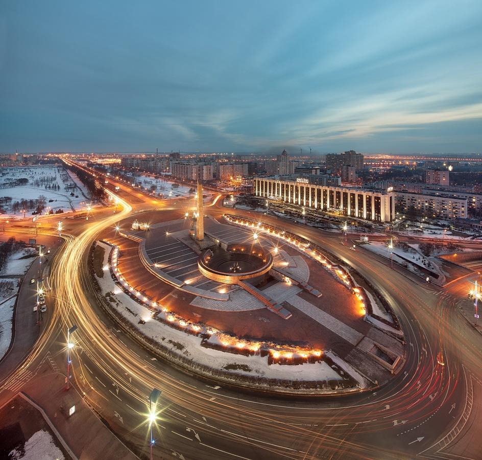Night Saint Petersburg: Amazing photos of the city by Sergey Louks - 07