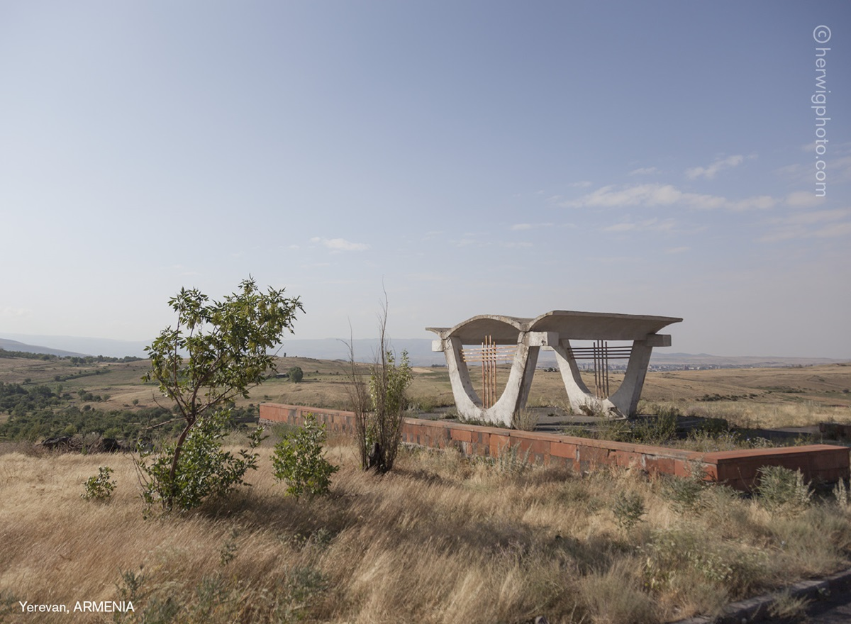 The USSR legacy: Photos of Soviet bus stops by Christopher Herwig - 24