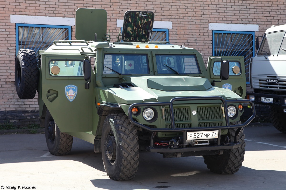 Walkaround of special Russian armored vehicle SBM VPK-233136 - 01