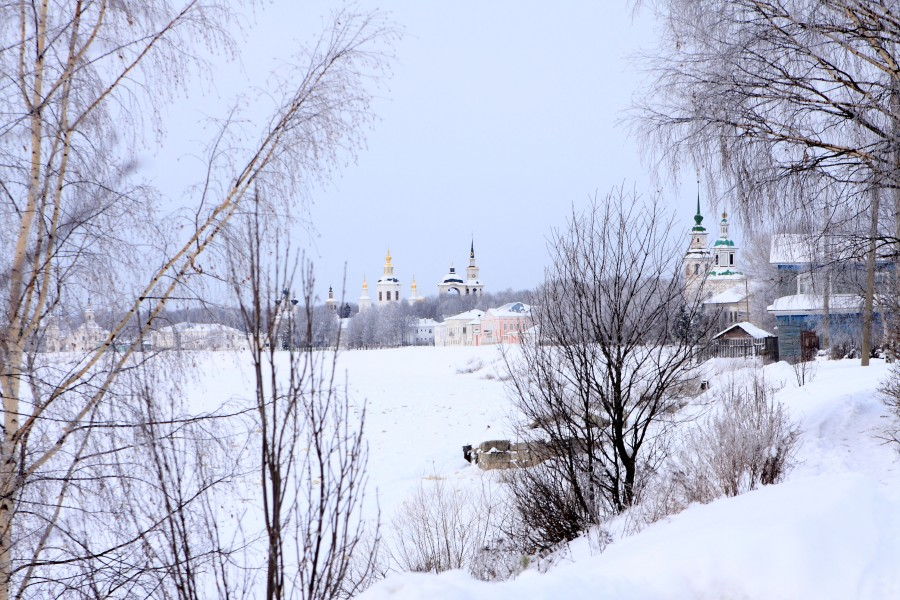 Veliky Ustyug: A northern city with old beautiful monasteries - 02