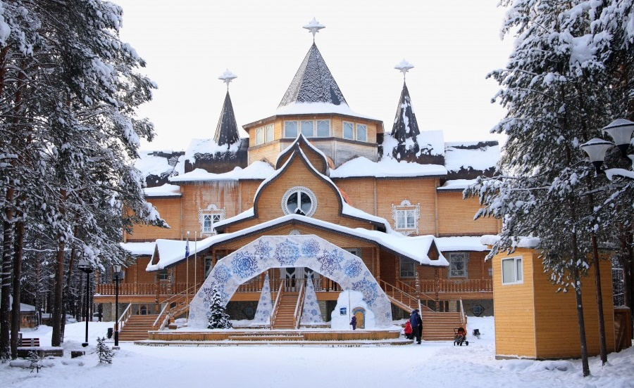 Veliky Ustyug: A northern city with old beautiful monasteries - 09