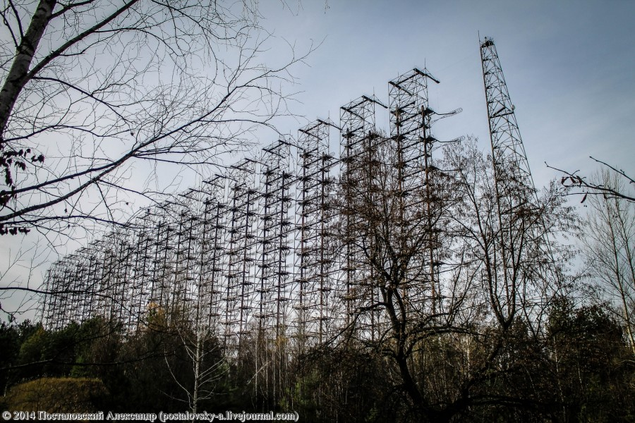 Climbing on Soviet over-the-horizon radar system Duga in Chernobyl - 01