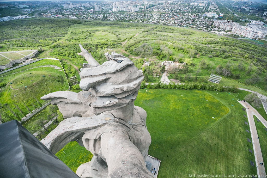 Climbing on top of the Motherland Calls Monument in Volgograd - 32