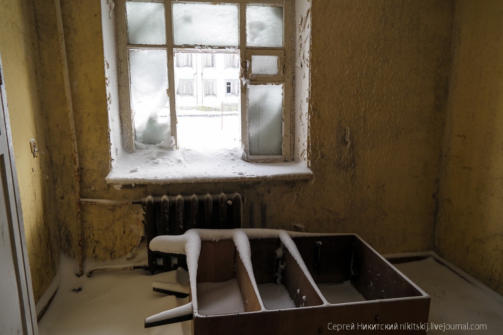 Frozen time: Abandoned facilities in the urban locality of Dikson - 14