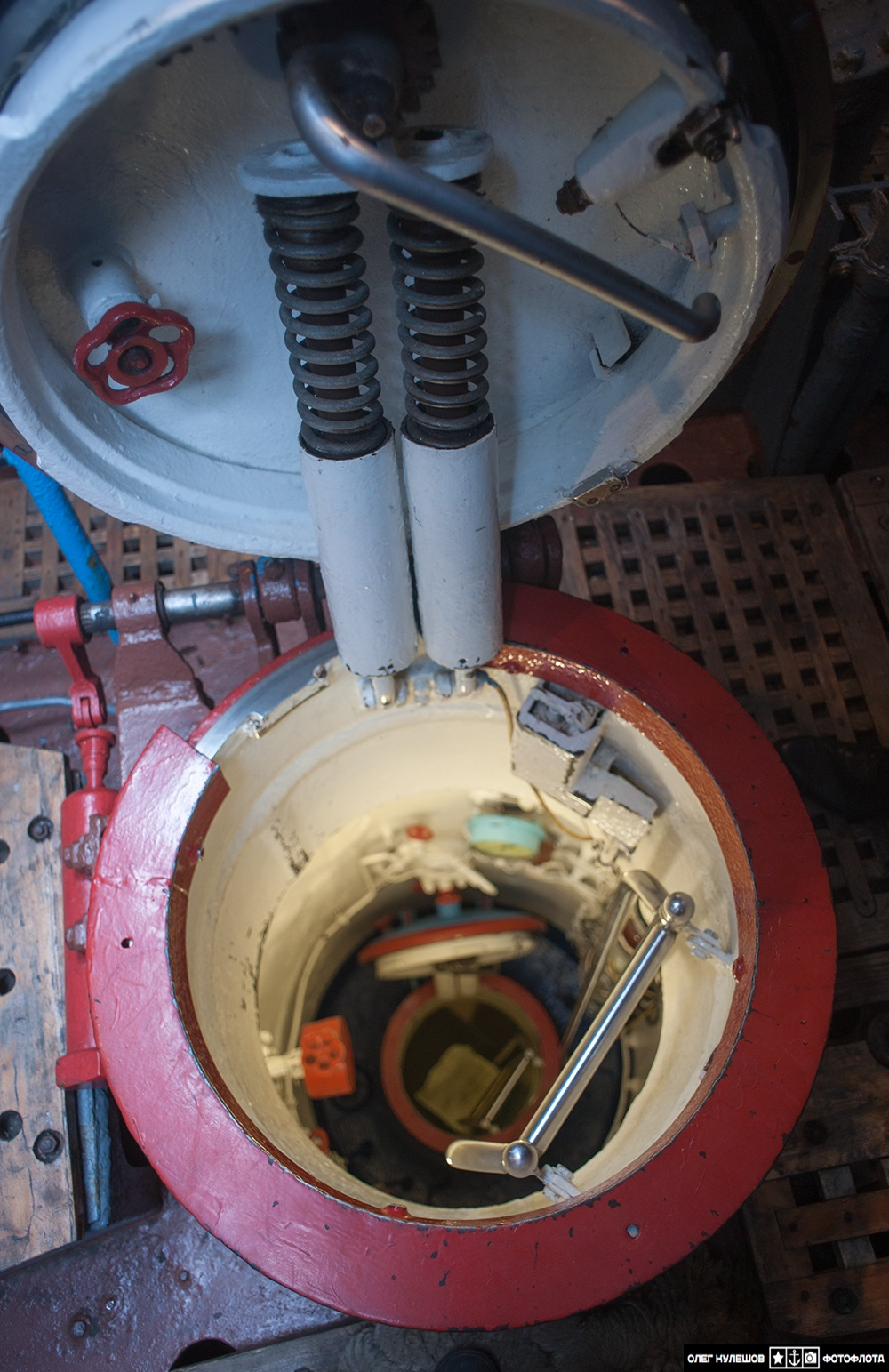 Inside a giant: Russian typhoon-class submarine TK-17 Arkhangelsk - 10