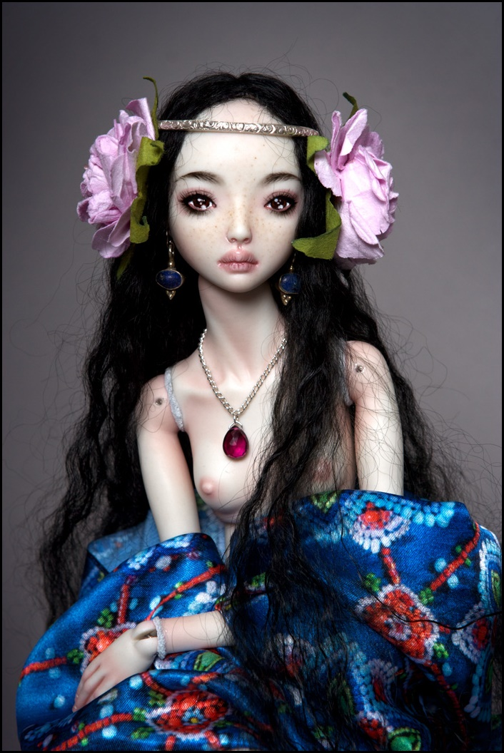 It is not the world of smiles: Enchanted Dolls by Marina Bychkova - 14
