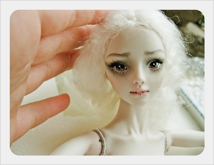 It is not the world of smiles: Enchanted Dolls by Marina Bychkova - 02