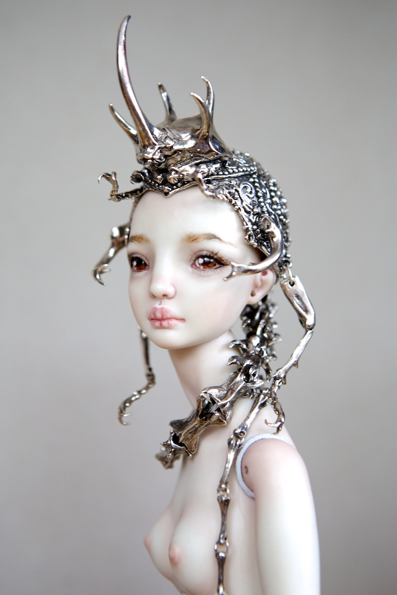 It is not the world of smiles: Enchanted Dolls by Marina Bychkova - 36