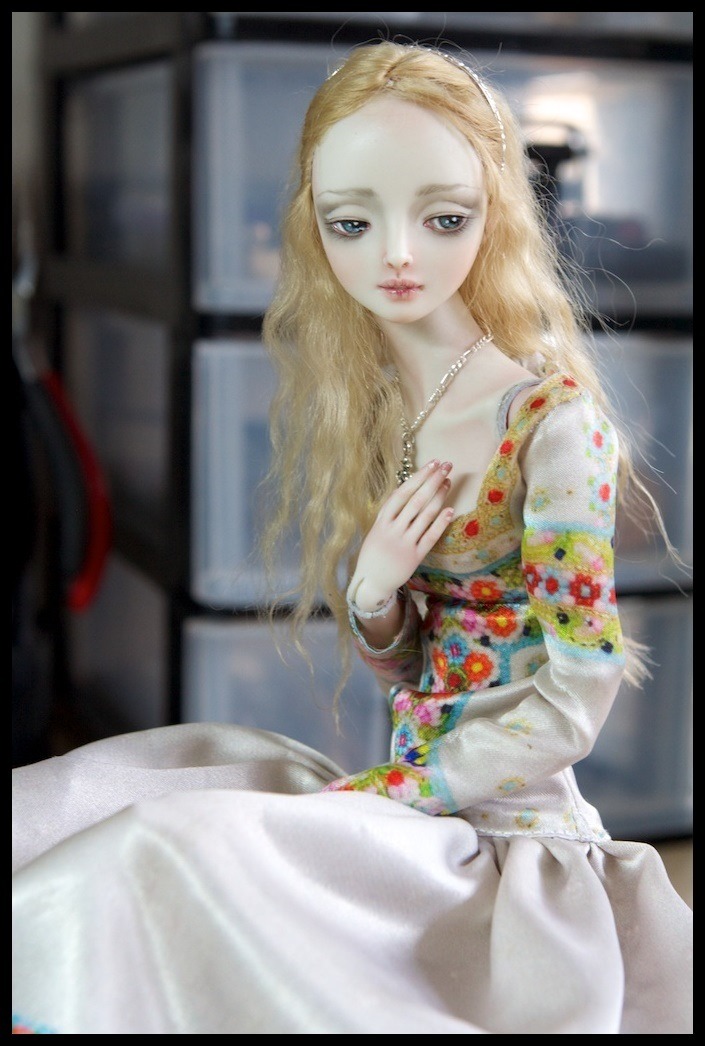 It is not the world of smiles: Enchanted Dolls by Marina Bychkova - 39
