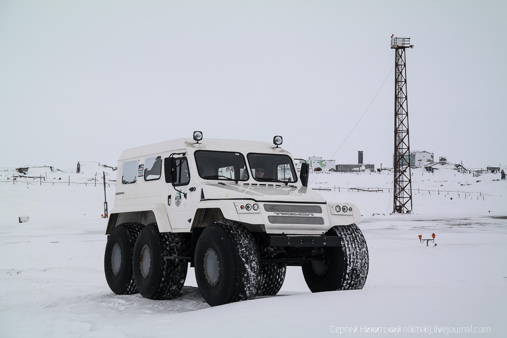 Unique technics and vehicles of the work settlement of Dikson - 11