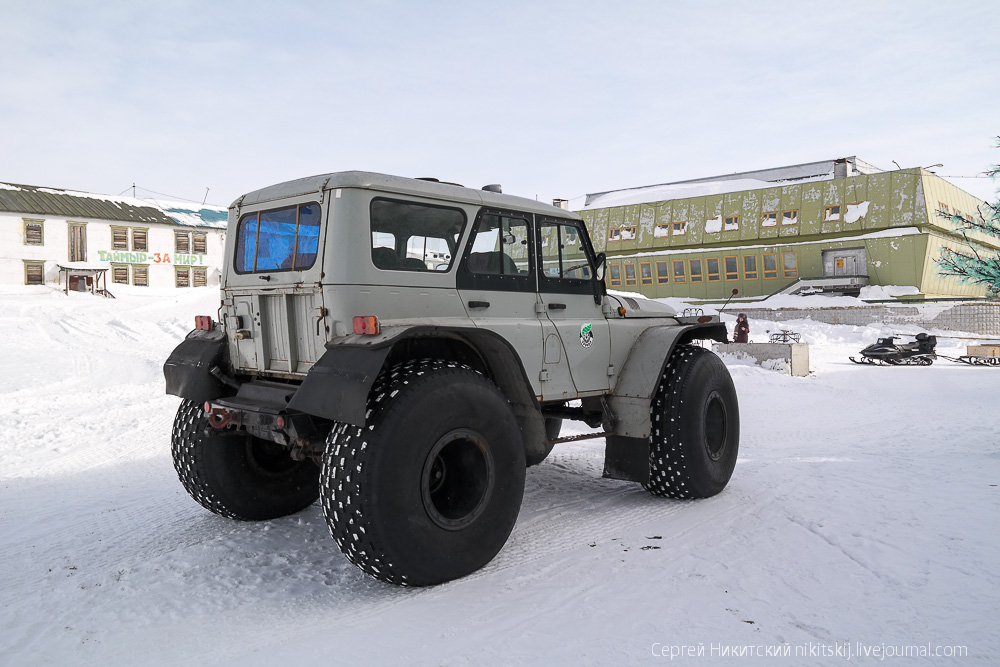 Unique technics and vehicles of the work settlement of Dikson - 13