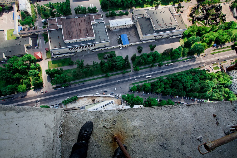 Breathtaking height: Photos by a Russian thrill seeker Marat Dupri - 10
