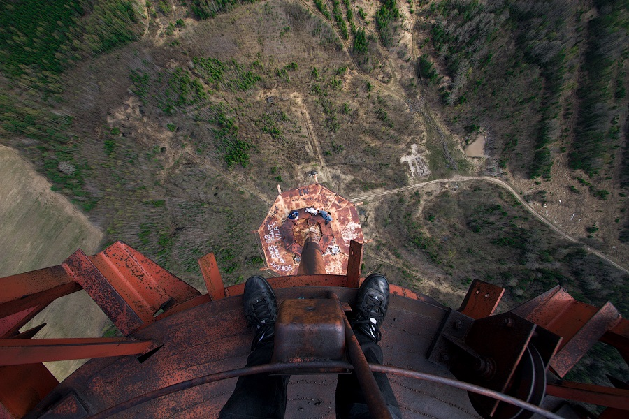 Breathtaking height: Photos by a Russian thrill seeker Marat Dupri - 15
