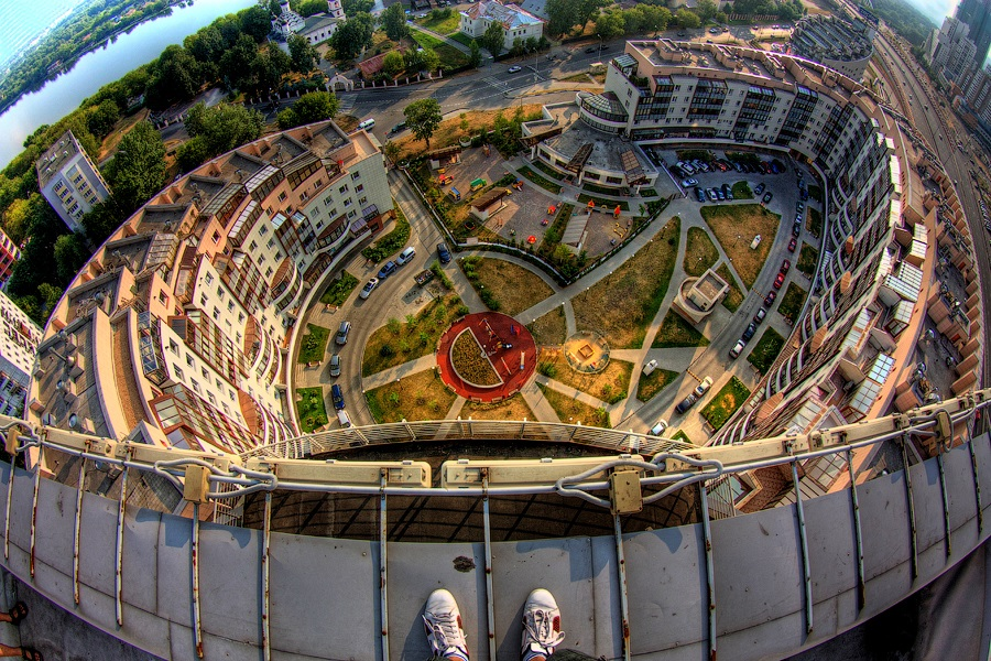 Breathtaking height: Photos by a Russian thrill seeker Marat Dupri - 18