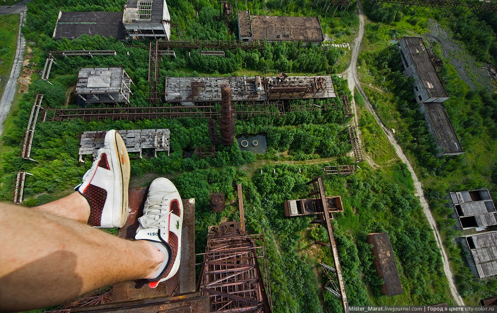 Breathtaking height: Photos by a Russian thrill seeker Marat Dupri - 35