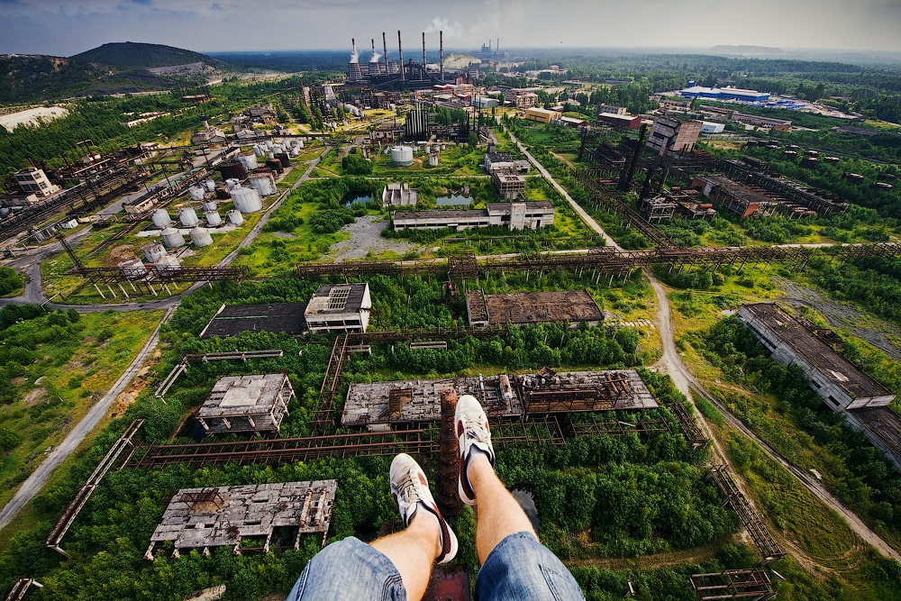 Breathtaking height: Photos by a Russian thrill seeker Marat Dupri - 36