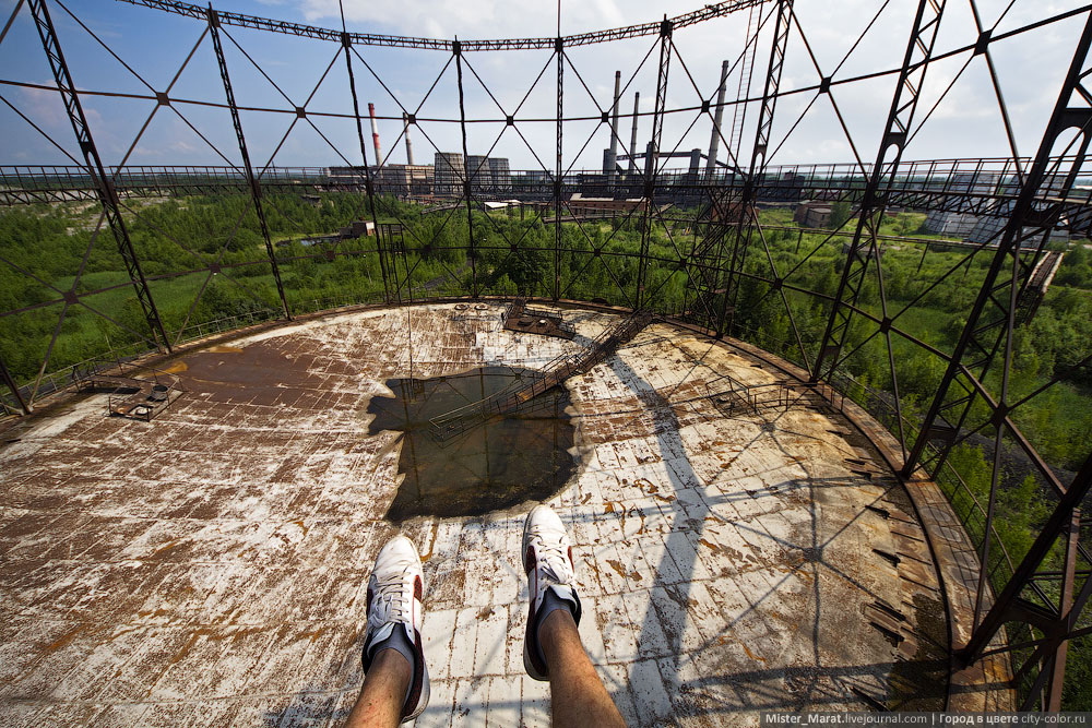 Breathtaking height: Photos by a Russian thrill seeker Marat Dupri - 05