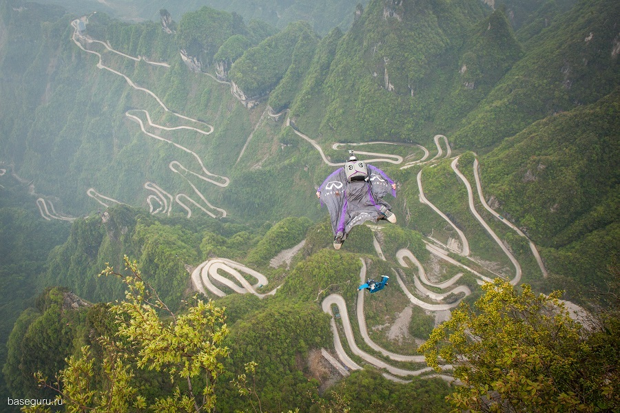Russian BASE jumping: Flying from the Avatar mountains in China - 08