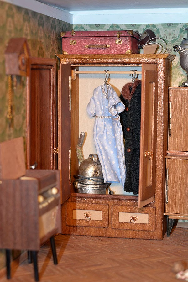 Soviet Russia in miniature: A model of a grandma's flat from 1970s - 27