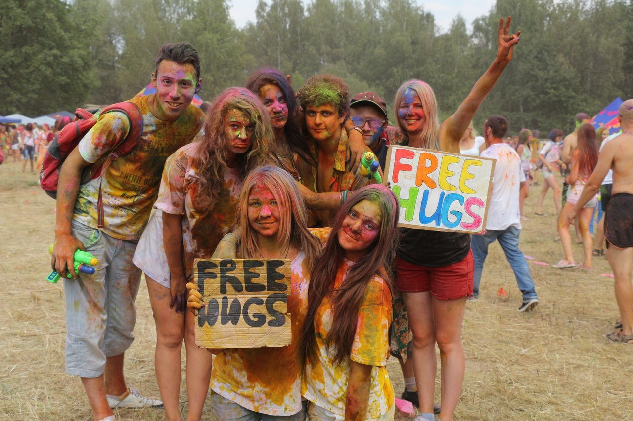 Bright summer: The festival of colours Holi in the capital of Ukraine - 49