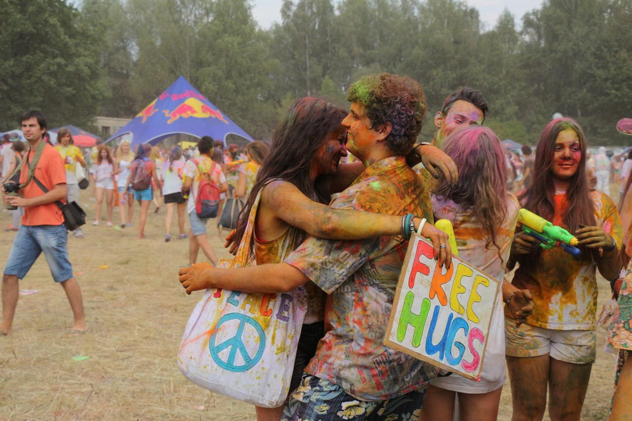 Bright summer: The festival of colours Holi in the capital of Ukraine - 50