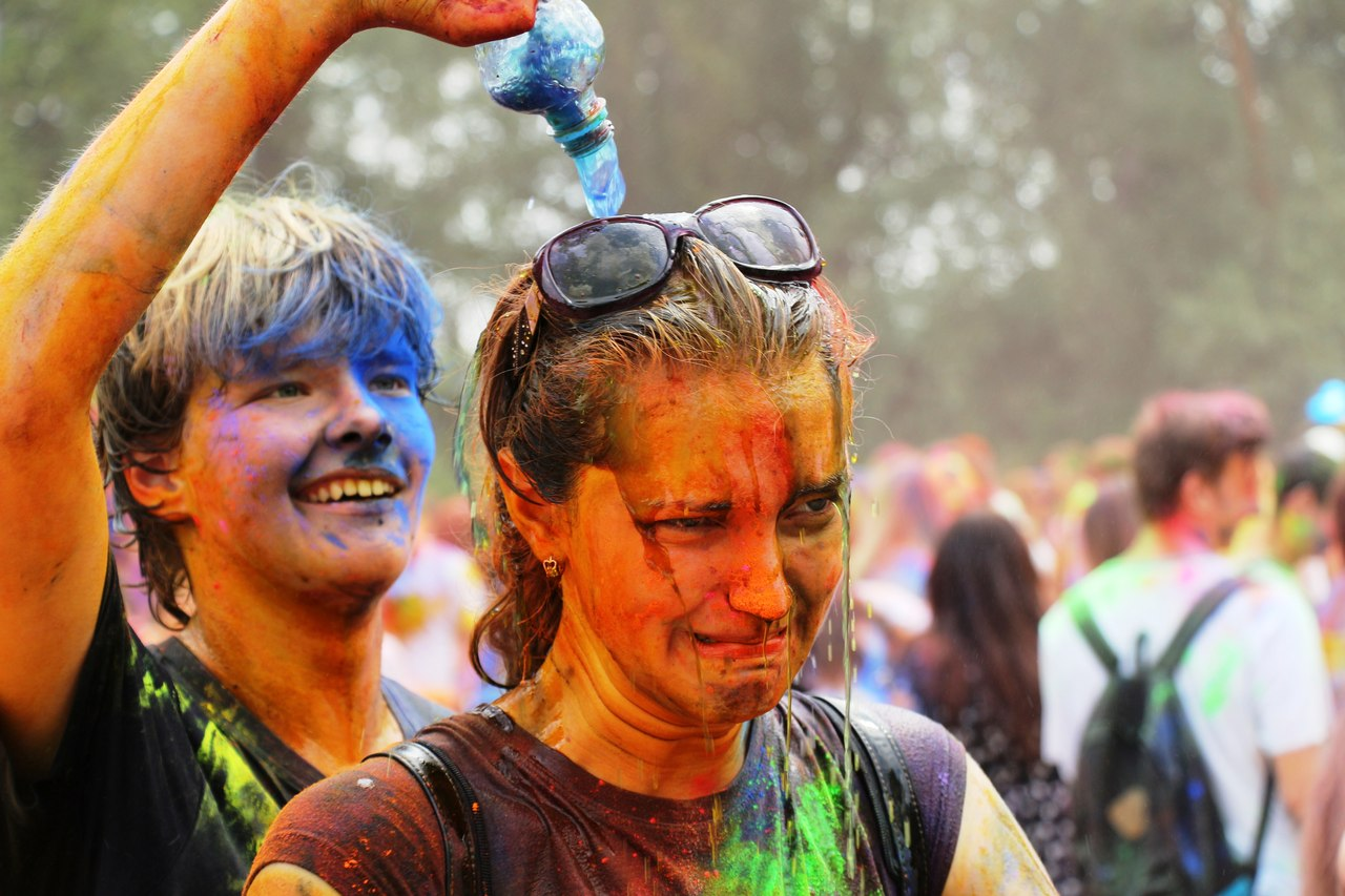Bright summer: The festival of colours Holi in the capital of Ukraine - 60