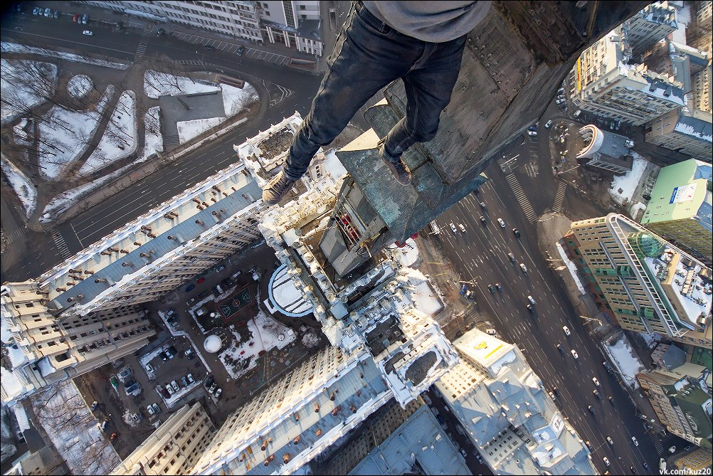 Extreme height: Crazy cityscapes by a thrill-seeker Ivan Kuznetsov - 19