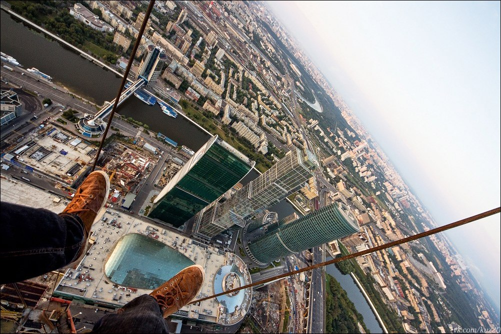 Extreme height: Crazy cityscapes by a thrill-seeker Ivan Kuznetsov - 04