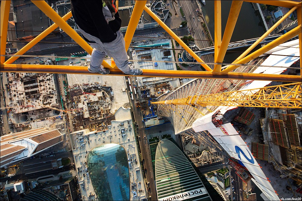 Extreme height: Crazy cityscapes by a thrill-seeker Ivan Kuznetsov - 43
