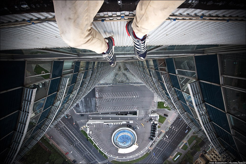 Extreme height: Crazy cityscapes by a thrill-seeker Ivan Kuznetsov - 45